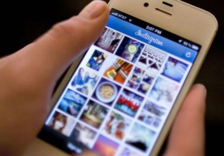 Million Followers Worldwide Use Instagram for Sharing Photos