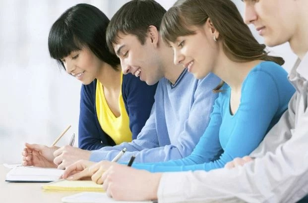 Things to Consider Before You Hire Professional Academic Writing Help