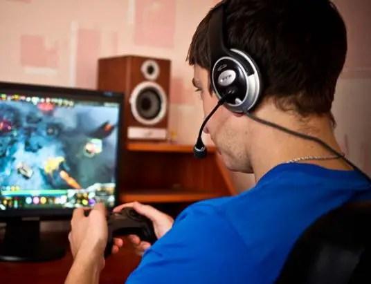 Web Browser Based Online Gaming