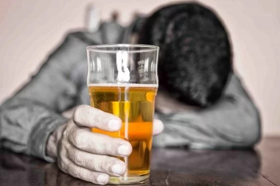 The Secrets to Helping An Alcoholic Family Member