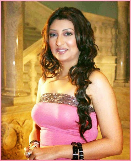 Juhi Parmar Instagram Photos