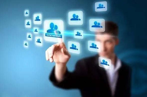 social media affect customer service