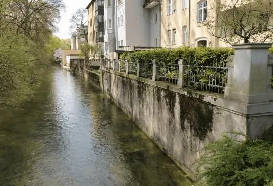 Concrete Retaining Walls