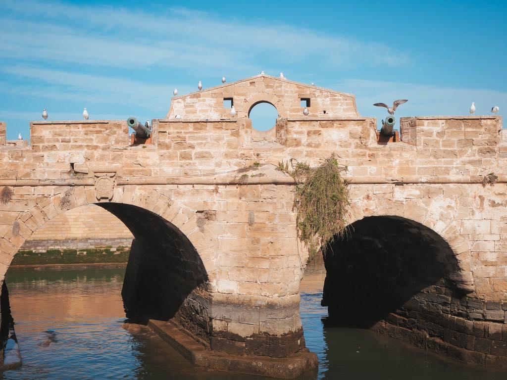 que-ver-en-essaouira-puente-skala-du-port-marruecos