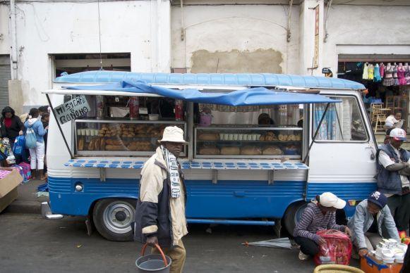 De Fransen hebben hun invloed gehad op het eten. In ieder geval lekker brood deze vakantie!