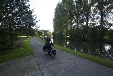 weer over een jaagpad fietst toch een stuk relaxter