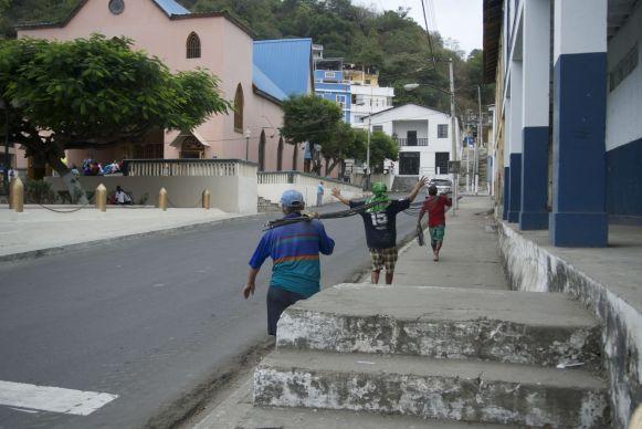 Bahía de Caraquez is duidelijk een wat groter stadje dan Puerto Lopez.