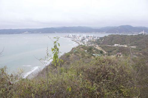 Uitzicht vanaf Cerro Seco op Bahía de Caráquez