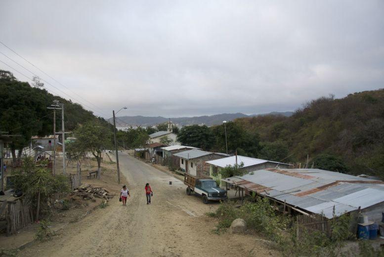 Wandelend van Cerro Seco naar Bahía de Caráquez