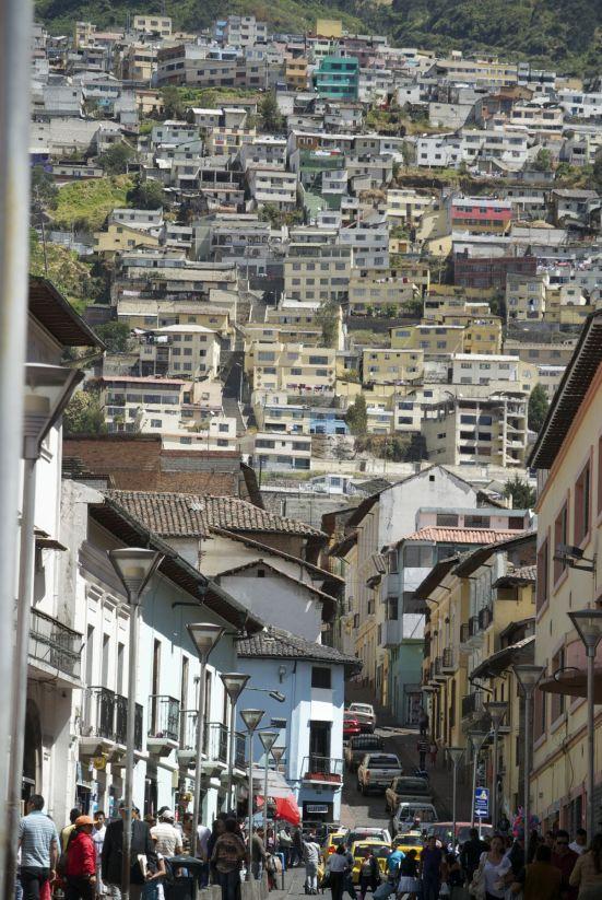 Quito ligt hoog in de bergen, en in de stad zelf is het ook bepaald niet vlak.
