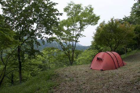 Makurese camping site, Takasashimo blijkt op dinsdag dicht te zijn, en dus geen douche voor ons. De volgende ochtend komt er toch iemand langs en betalen we dus alsnog.