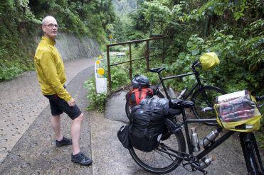 Een vlak stukje waar de fietsen even kunnen staan!