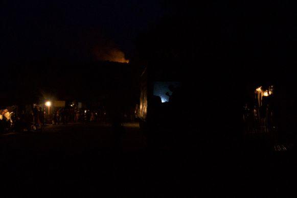 Een heel dorp bij kaarslicht heeft ook wel weer wat.
