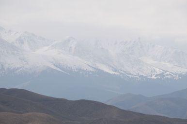 Veel uitzicht op het verse pak sneeuw dat vannacht gevallen is, alleen erg vaag zicht.