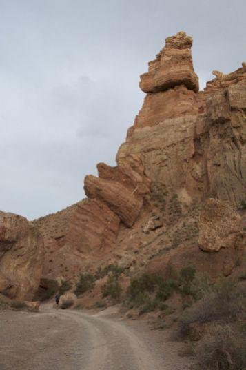 Jurjan valt een beetje weg bij die enorme rotspartijen.