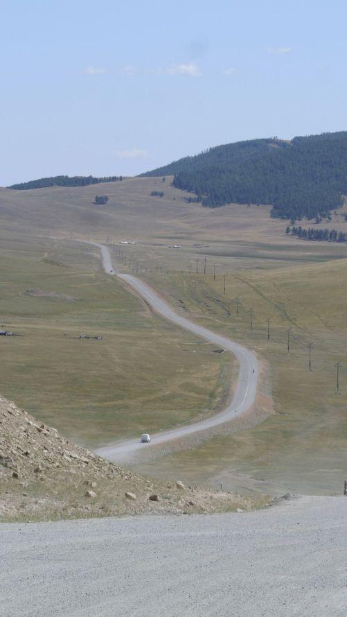 Steile heuvels zijn regelmatig onverhard.