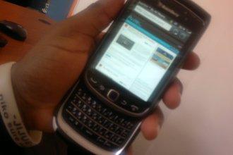 BlackBerry Torch 2 9810 OS 7