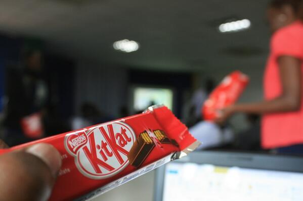 Android KitKat Bar at Intel East Africa CodeFest in Outbox Uganda Juuchini image courtesy  @LandryKOKOC