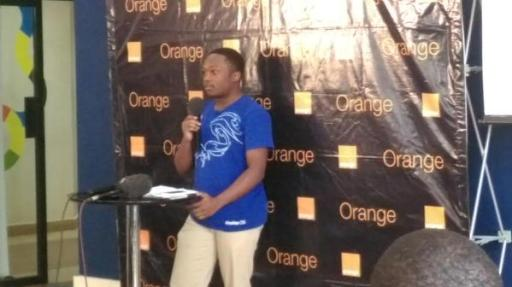 Alex Wafula Orange Mozilla Klif Smartphone Launch Event iHub Kenya JUUCHINI