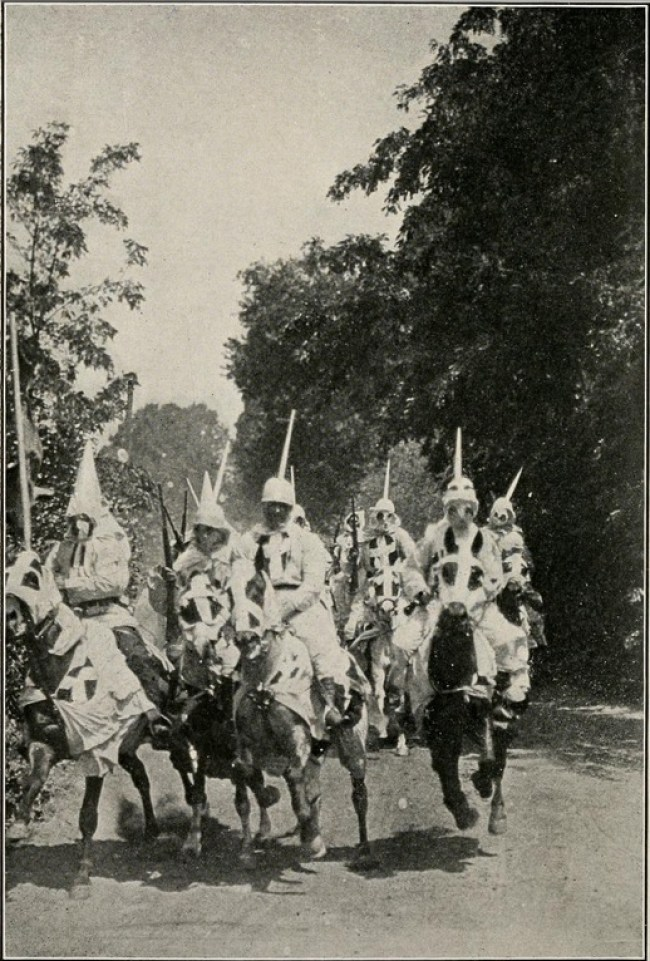 Dixon Klansman frontispiece 1915 RideOfTheKlan f BirthOfANation