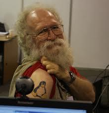 GNU/Linux es el Sistema Operativo de los jóvenes y jubilados. Jon_Hall