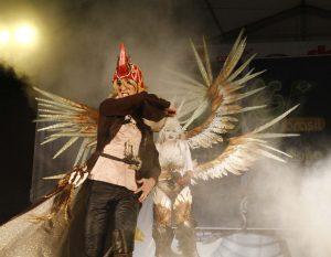 Maurício e Mônica Somenzari, com sua apresentação de Final Fantasy XIV