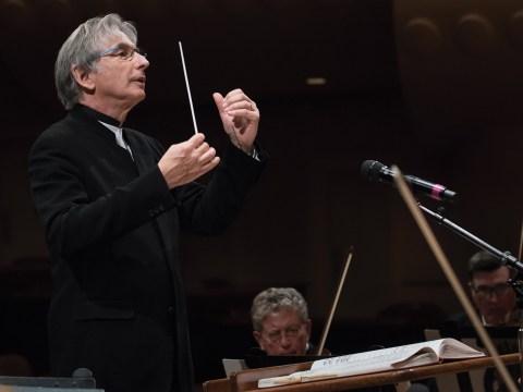 Michael Tilson Thomas conducting a rehearsal of the San Francisco Symphony (Photo/Art Streiber-Courtesy S.F. Symphony)