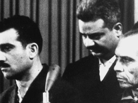 Israeli spy Eli Cohen, left, and two other unidentified co-defendants, during their trial in Damascus, ten days before his execution, May 9, 1965. (Photo/JTA-AFP-Getty Images)