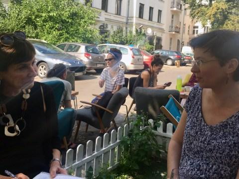 Susan Moldaw (left) interviewing Malgorzata Kozera Topinska in Warsaw (Photo/Gunda Trepp)