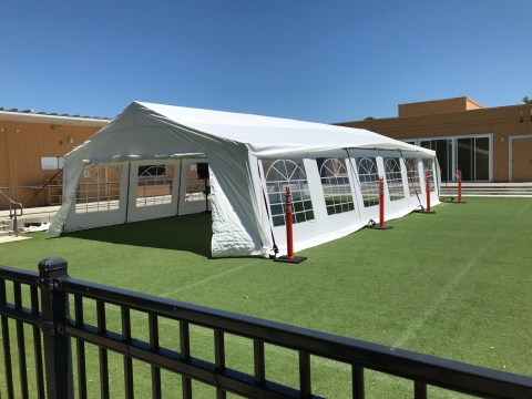 A tent that Ronald C. Wornick Jewish Day School has set up for outside classes. (Photo/Adam Eilath)
