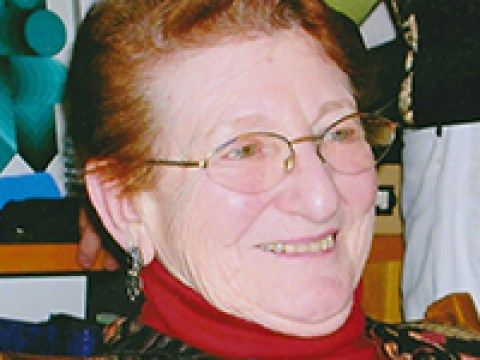 Shirley Bob