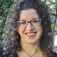 Rabbi Shana Chandler Leon