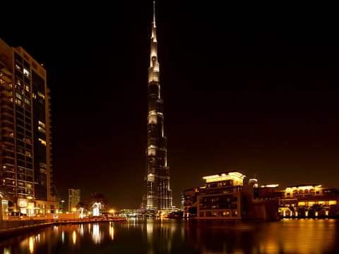 Dubai's Burj Khalifa, the tallest building in the world, now has a kosher restaurant. (Photo/pickpic.com)