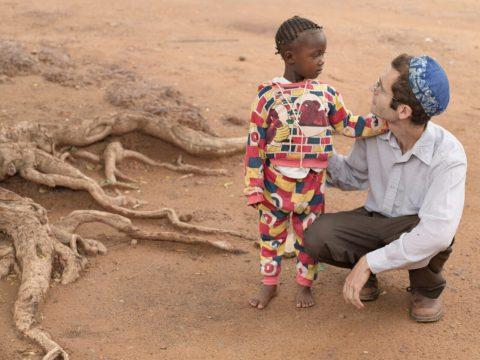 Dr. Ari Johnson in Yirimadio, Mali, July 16, 2007.
