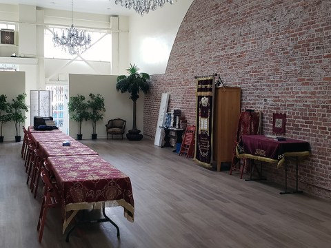 Chabad of Berkeley held its first service in its newly renovated space on April 9.