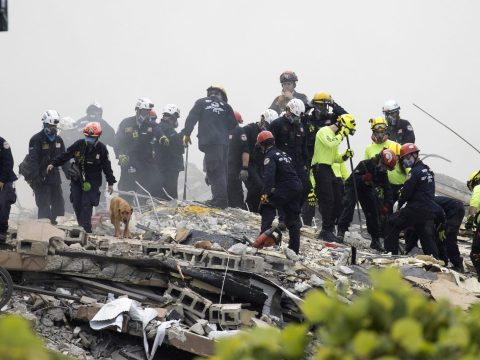 Members of the South Florida Urban Search and Rescue team look for possible survivors in the partially collapsed 12-story Champlain Towers South condo building, June 25, 2021. (Photo/JTA-Joe Raedle-Getty Images)