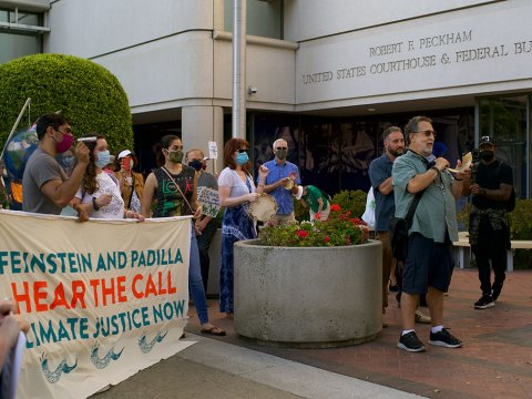 """Some Jews at the """"Make a Holy Noise for Climate Change"""" demonstration on Aug. 25 in San Jose took the name of the event literally and brought shofars.(Photo/George Barahona)"""