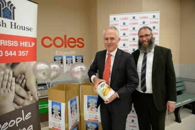 Malcolm Turnbull donates his can