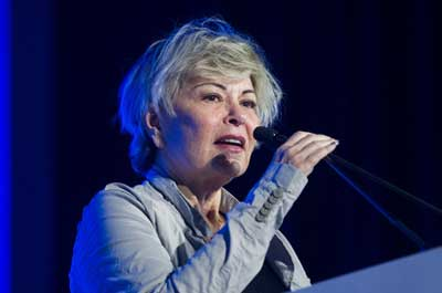 "Roseanne Barr speaks at the March 28 ""Stop the Boycott"" conference in Jerusalem, which was hosted by Yedioth Ahronoth/Ynet. Photo: Miriam Alster/Flash90."