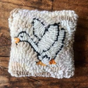 Goose Hooked Sachet