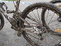 Tällaisessa kunnossa olevalla pyörällä ei enää ajeta pitkästi.