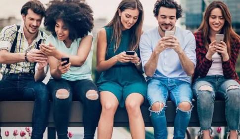Social media drives e-commerce sales