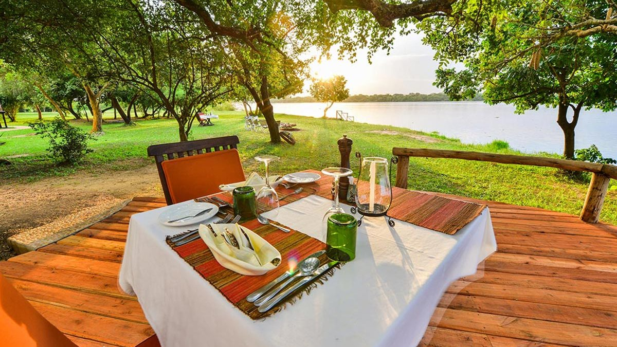 Best time to go on african safari — bakers lodge murchison falls Uganda