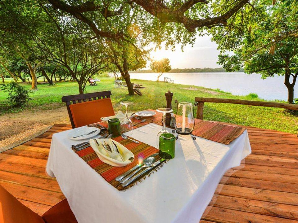 Best time to go on african safari — bakers lodge murchison falls Uganda
