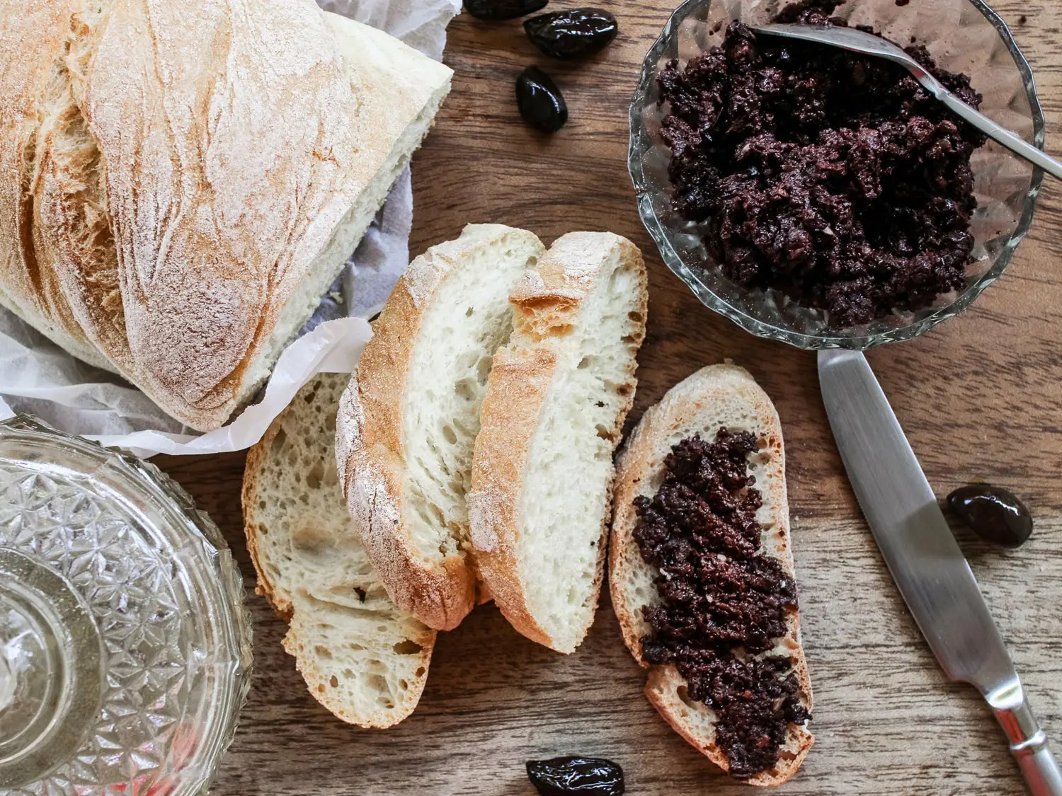 Black olive paste tapenade