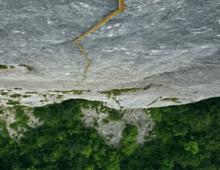 Stick Climbing – Kunstfilm von Daniel Zimmermann