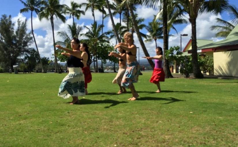 Hula practice at Moku Ola
