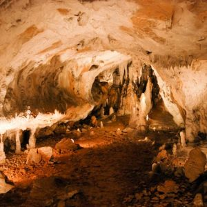 casa rural ecológica Kaaño etxea - Xareta - galería cueva Ikaburu - Urdax - Urdazubi