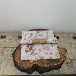 Wasdoek bloemmotief rood, 30 x 30 cm.