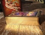 De gouden randen van de Gilded Tarot Royale.